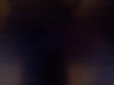 אייל: תראו, יצאה לי יצירה!למי שלא מזהה, מדובר במסך הטלוויזיה שלנו שאייל צילם עם הסמארטפון שלי.