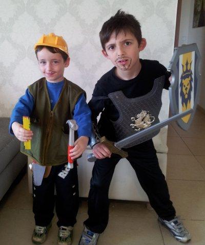 שני הילדים מאוד נכנסו לתפקיד