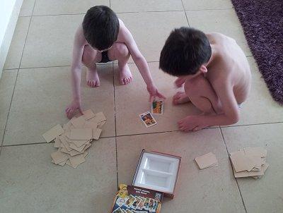לאחרונה גילינו מחדש את ז'אנר משחקי הקופסה, ואני שולחת את הילדים לשחק בהם ביחד ולעזוב אותי בשקט.
