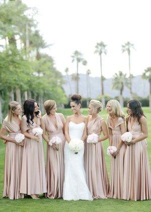שמלות תואמות למלוות.. האם באמת צריך אתכם? קראו עוד בפוסט בבלוג אניקה