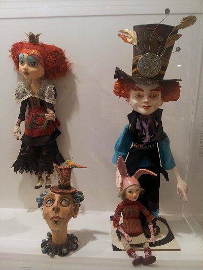 בובות בתערוכת Dolls Art